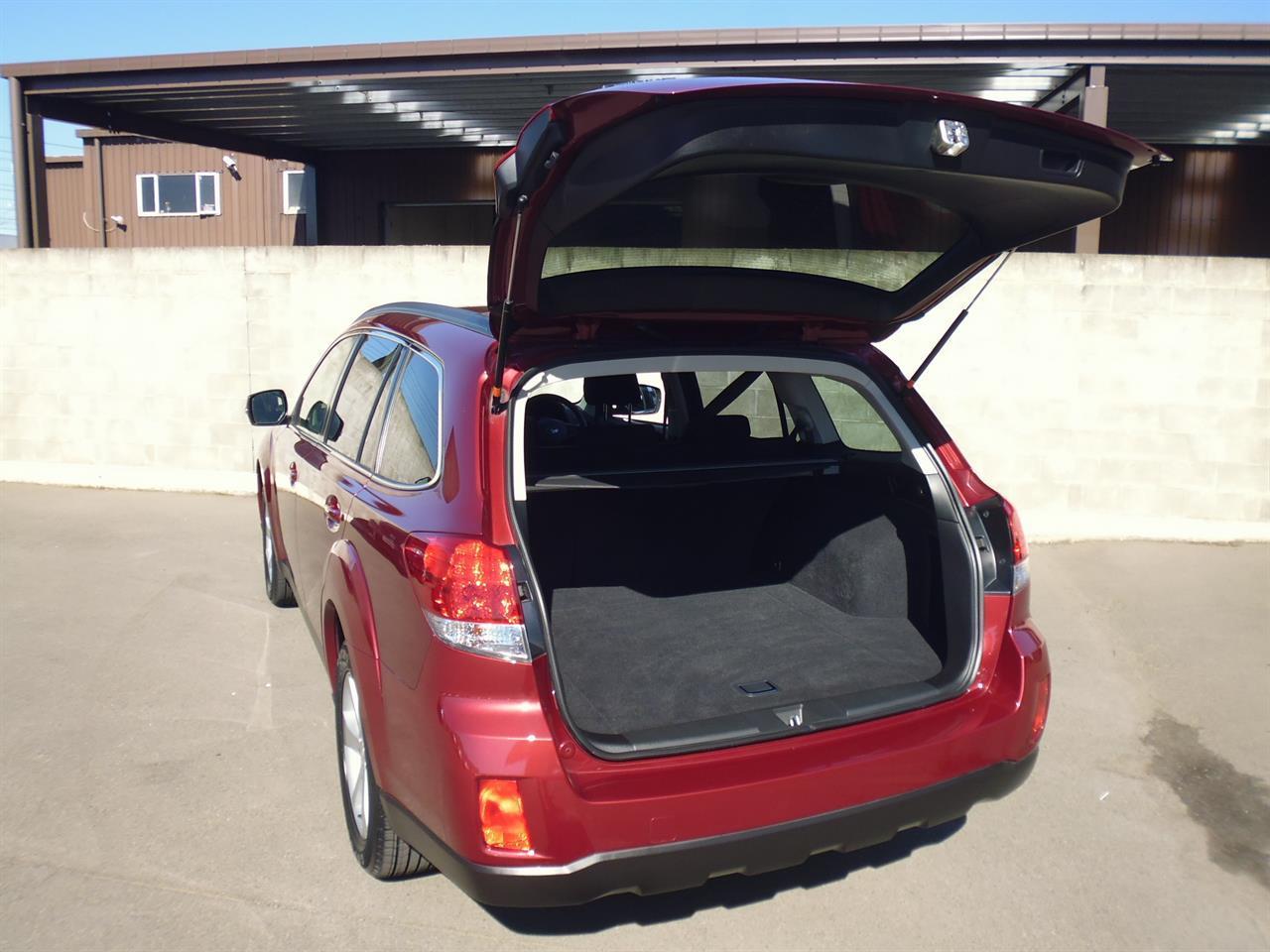 image-4, 2012 Subaru Outback 2.5i Eyesight at Christchurch