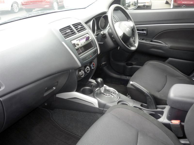 image-4, 2010 Mitsubishi RVR M at Dunedin