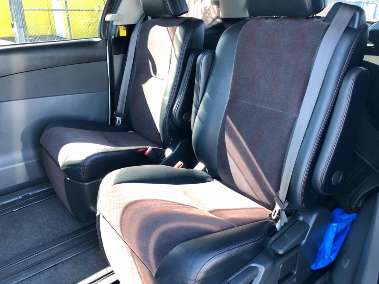 image-16, 2011 Toyota Estima Aeras 20th Anniversary Edition at Christchurch