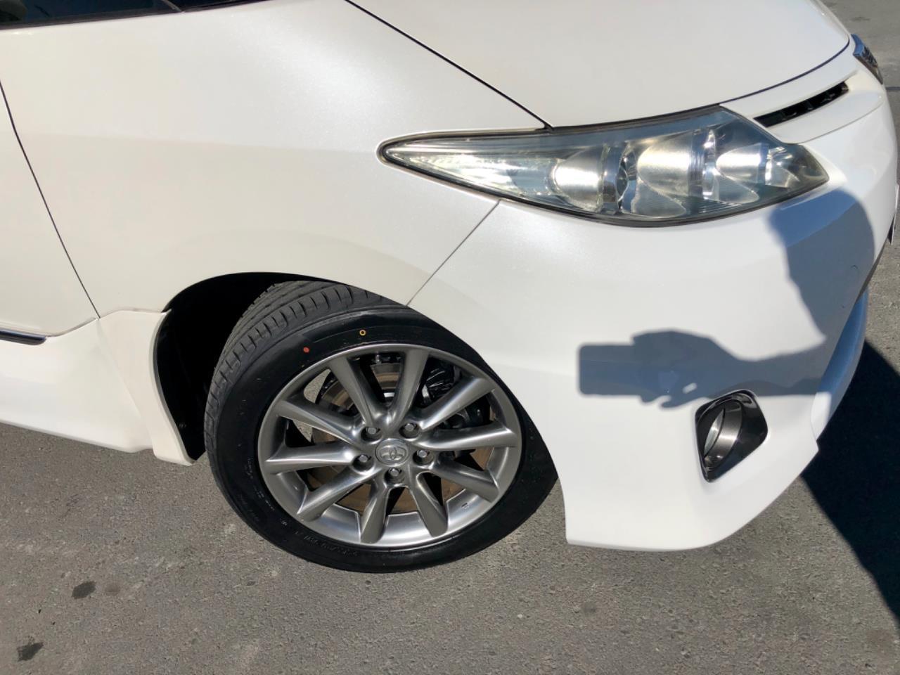 image-5, 2011 Toyota Estima Aeras 20th Anniversary Edition at Christchurch
