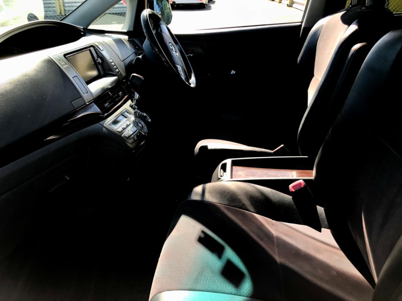 image-9, 2011 Toyota Estima Aeras 20th Anniversary Edition at Christchurch