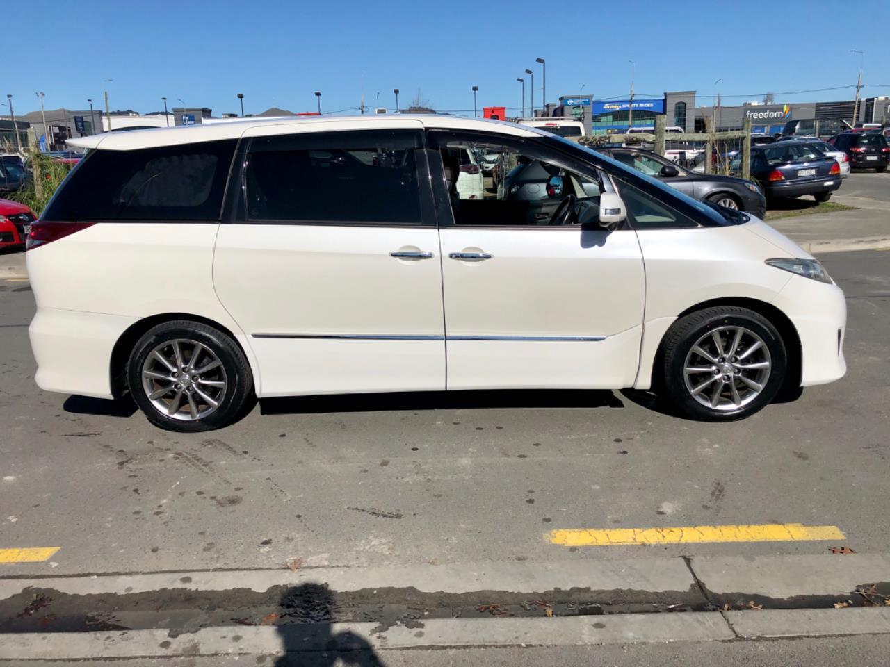 image-4, 2011 Toyota Estima Aeras 20th Anniversary Edition at Christchurch