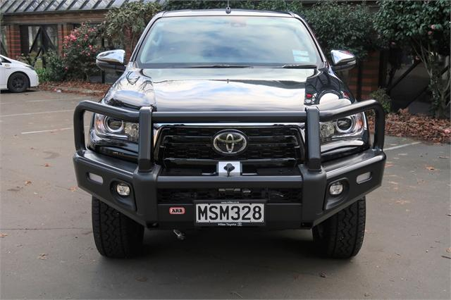 image-1, 2020 Toyota Hilux SR5 DC 2.8D 4WD at Christchurch