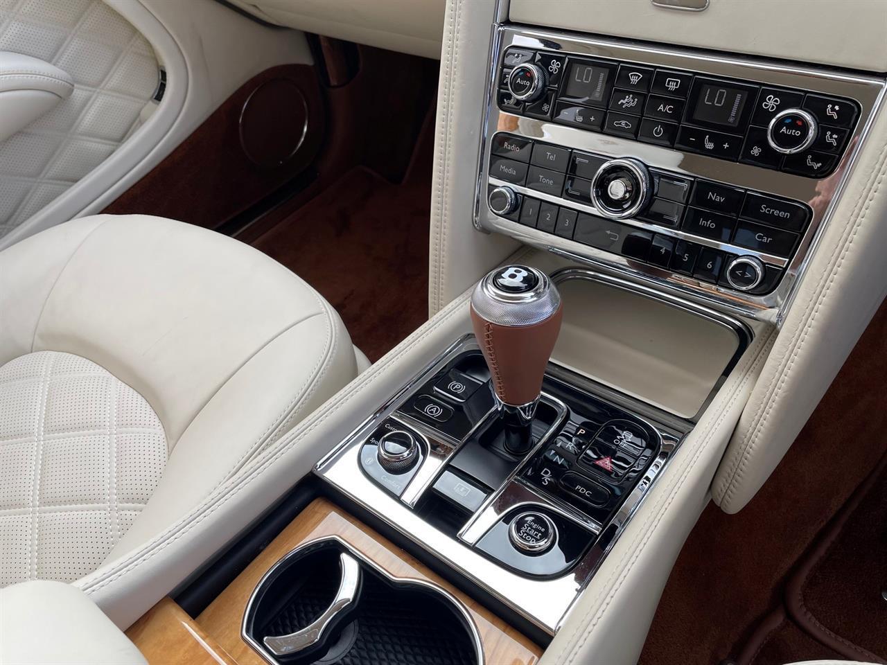 image-11, 2014 Bentley Mulsanne 6.7 V8 Turbo Mulliner at Christchurch