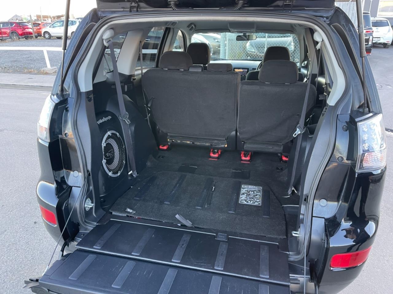 image-17, 2007 Mitsubishi Outlander 24G 4WD 7-Seater at Christchurch