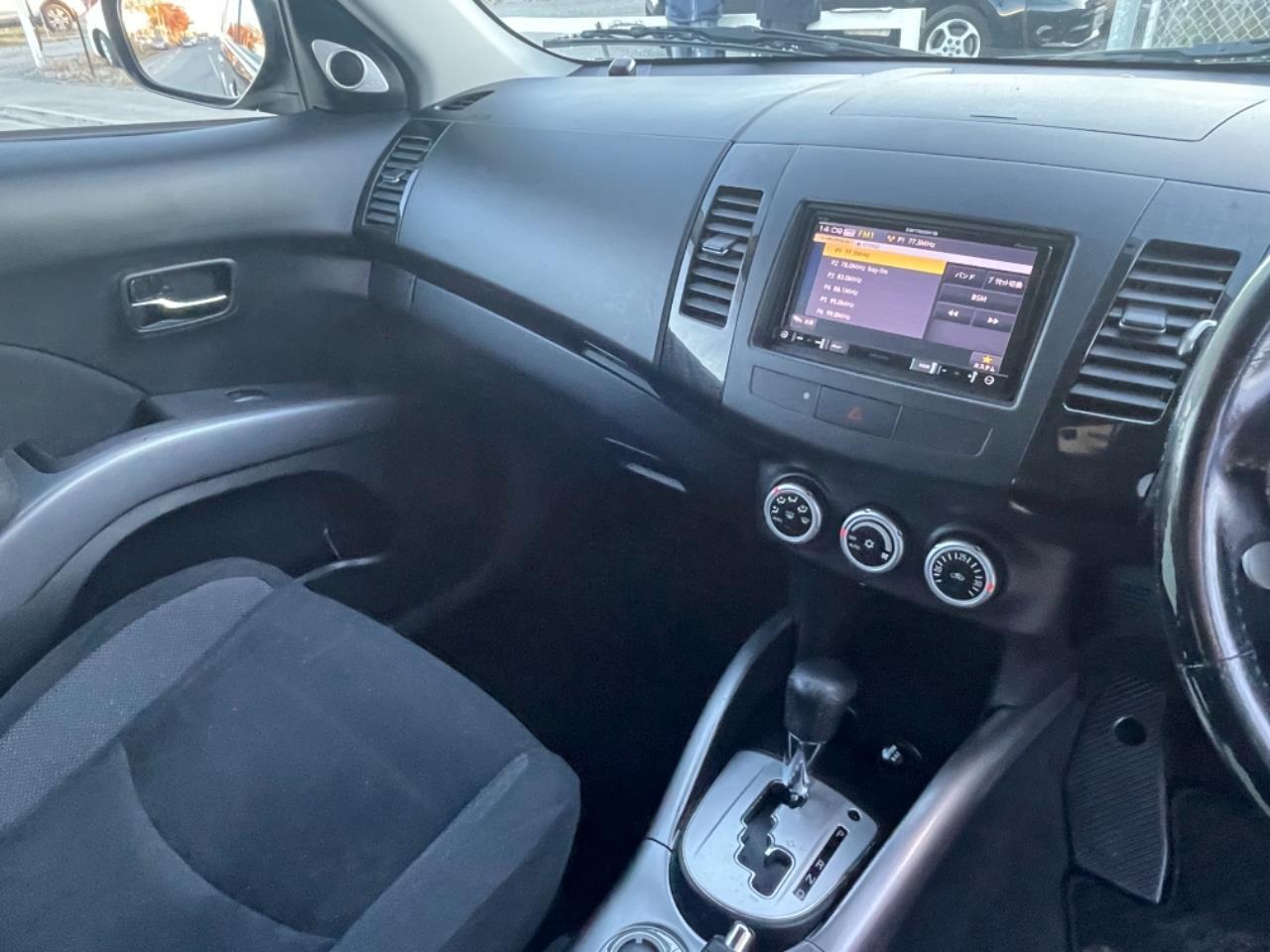 image-9, 2007 Mitsubishi Outlander 24G 4WD 7-Seater at Christchurch