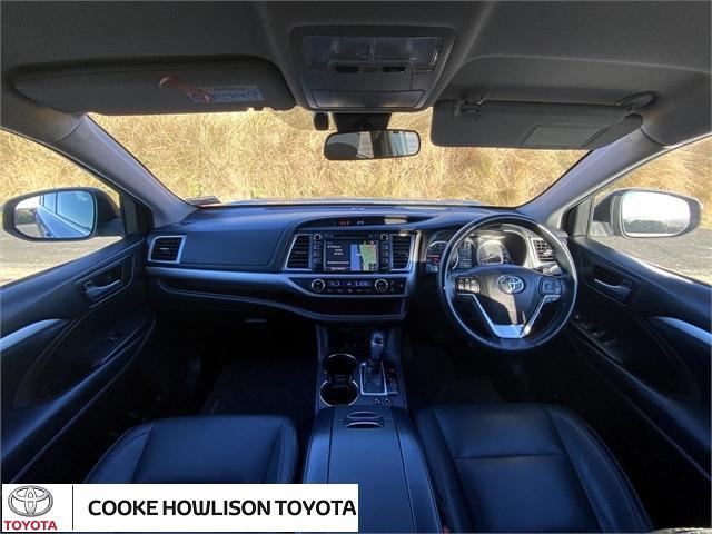 image-8, 2018 Toyota Highlander GXL SIGNATURE CLASS at Dunedin