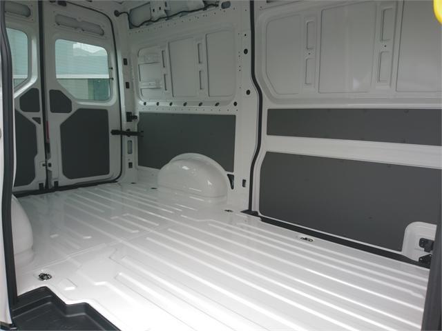 image-8, 2021 Volkswagen Crafter Manual White Van at Christchurch