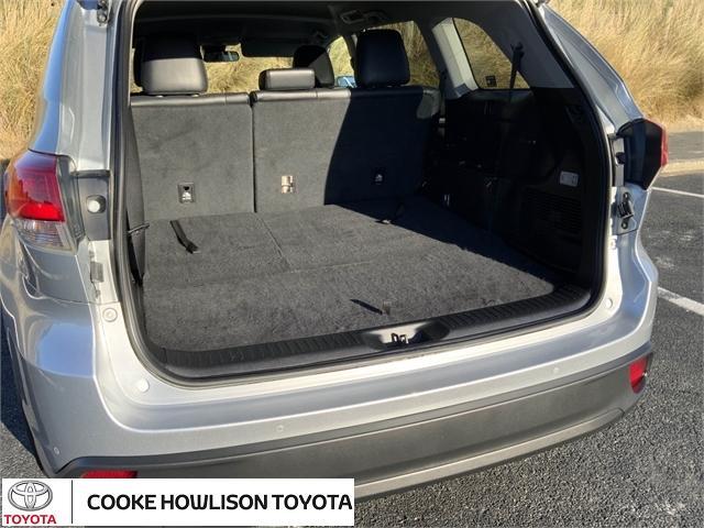 image-6, 2018 Toyota Highlander GXL SIGNATURE CLASS at Dunedin