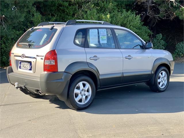 image-2, 2005 Hyundai Tucson GLS 2.7 V6 GLS at Dunedin