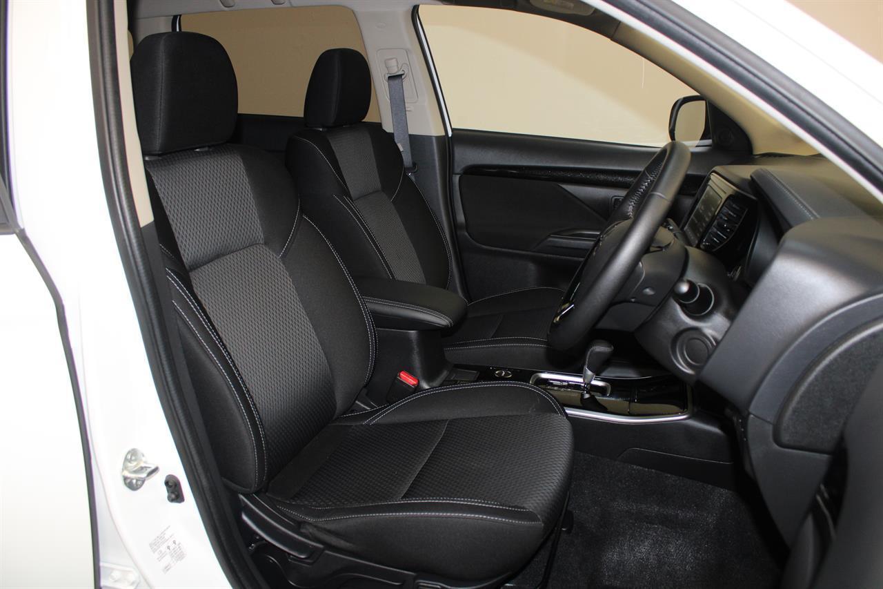 image-11, 2019 Mitsubishi Outlander LS 7 Seater 4WD at Christchurch