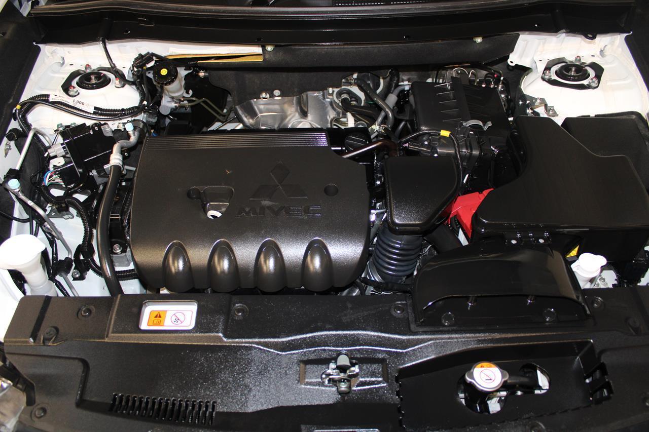 image-10, 2019 Mitsubishi Outlander LS 7 Seater 4WD at Christchurch