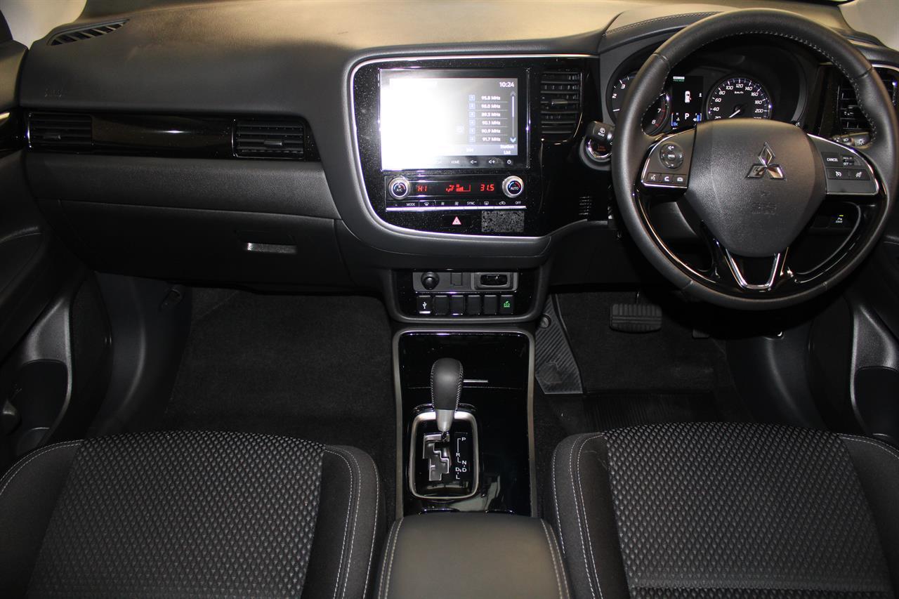 image-12, 2019 Mitsubishi Outlander LS 7 Seater 4WD at Christchurch