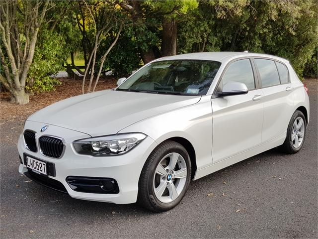 image-0, 2019 BMW 118i SportLine at Dunedin