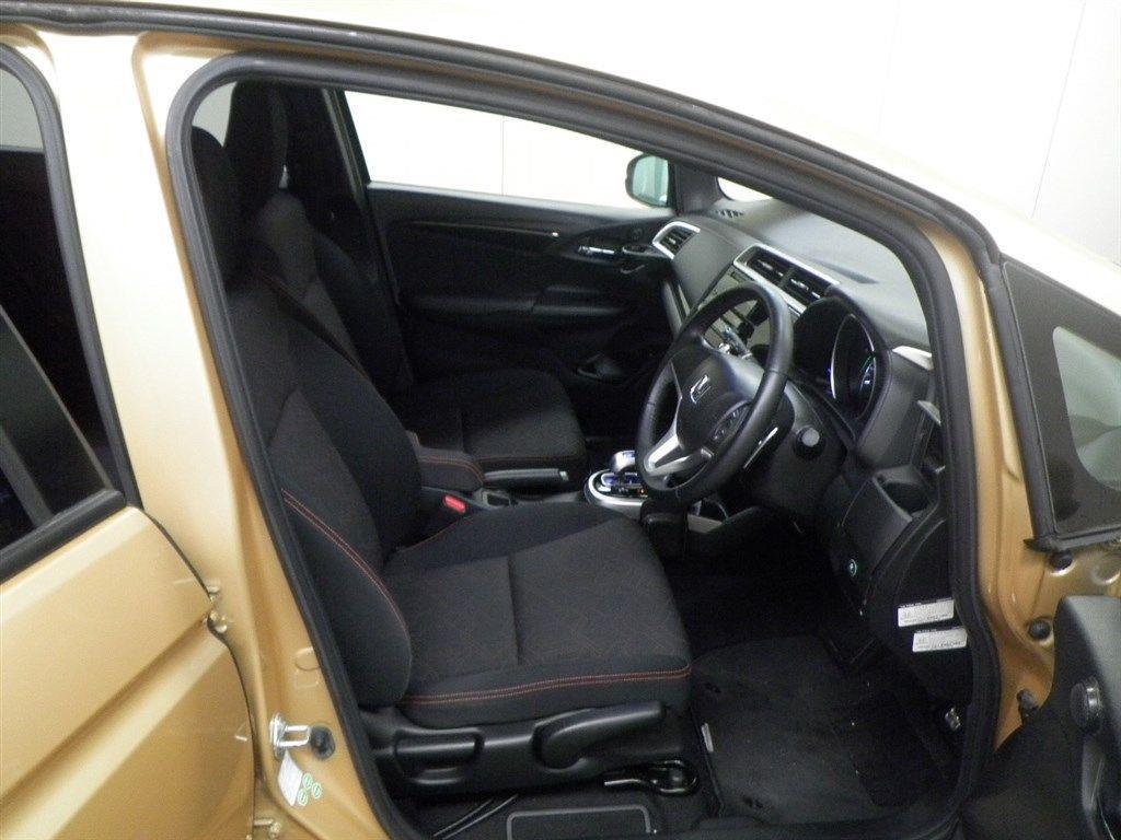 image-7, 2013 Honda Fit RS 1.5lt Hybrid at Christchurch