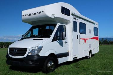 2018 MercedesBenz Sprinter - Winnebago Byron
