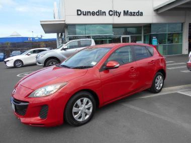 2012 Mazda AXELA 2.0 Auto Hatch