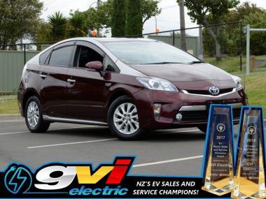 2014 Toyota Prius PHV * Plug-in Hybrid * Take adva