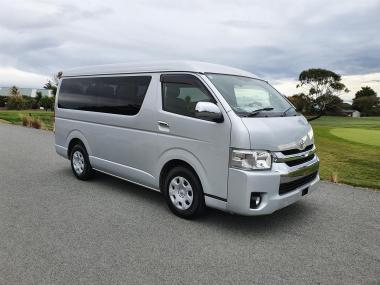2014 Toyota Hiace 10 Seater GL