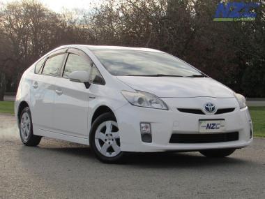 2011 Toyota PRIUS L