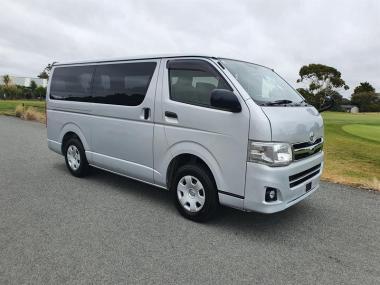 2012 Toyota Hiace 3.0 Turbo Diesel 4WD GL
