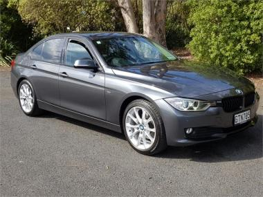 2013 BMW 320d Edition 30