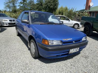 '93 Mazda 323
