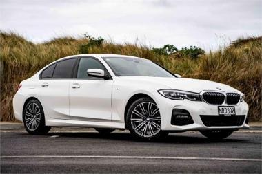 2021 BMW 320i M Sport Sedan