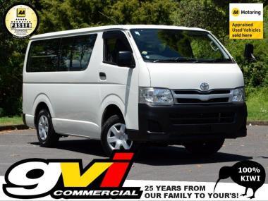 2013 Toyota Hiace 4WD * 5 Speed / 9 Seat *