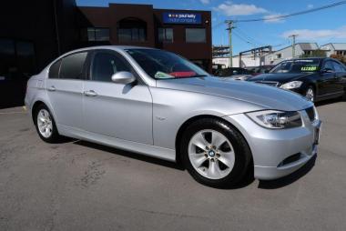 2007 BMW 323i