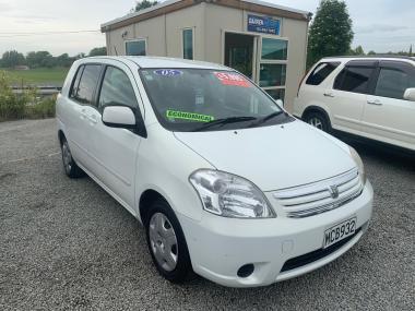 '05 Toyota Raum