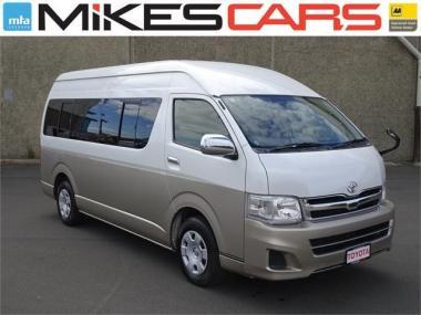 2013 Toyota Hiace Grand Cabin 10 Seater - 37,240km