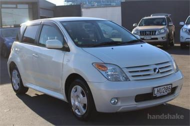 2005 Toyota Ist 1 3L Hatch Automatic