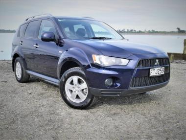 2011 MITSUBISHI OUTLANDER LS 2.4L 4WD NZ New