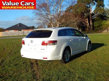 2011 Toyota AVENSIS Wagon XI