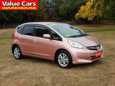 2013 Honda FIT SHES