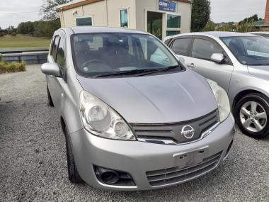 '09 Nissan Note