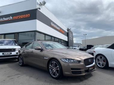 2016 Jaguar XE Prestige