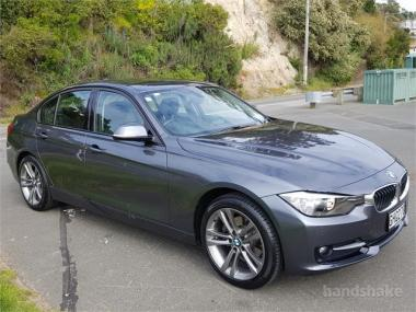 2012 BMW 320d Sport Line