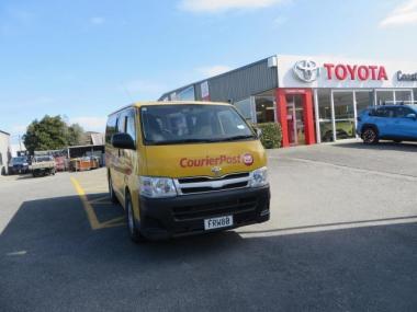2010 Toyota Hiace ZL RWD 2.7P Van/5 5M - 3 Seat (T