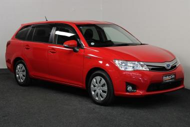 2014 Toyota Corolla Fielder Hybrid G
