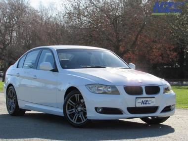 2010 BMW 320I LCI