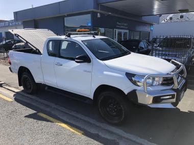 2016 Toyota Hilux SR 4WD Extracab