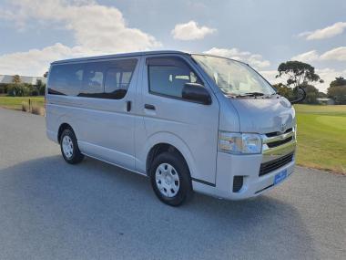 2015 Toyota Hiace 3.0 Turbo Diesel 4WD GL