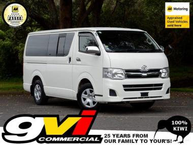 2013 Toyota Hiace GL sel * Auto / 5 Door * No D on handshake on