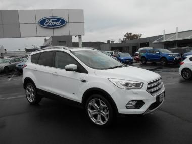 2018 Ford ESCAPE TITANIUM AWD DIESEL
