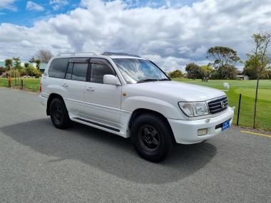 2001 Toyota Land Cruiser VX100 LTD