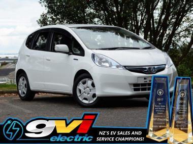2013 Honda Fit Hybrid * Save on Fuel * No Deposit