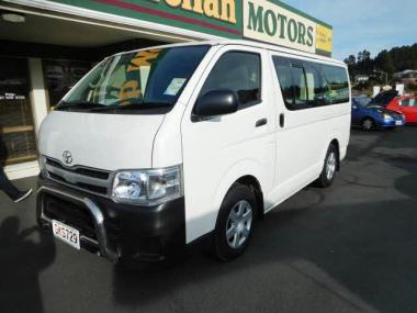 2012 Toyota HIACE ZL