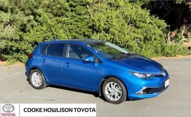 2017 Toyota Corolla GLX HATCHBACK